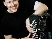 Realizará Roland clínica para presentar acordeones digitales