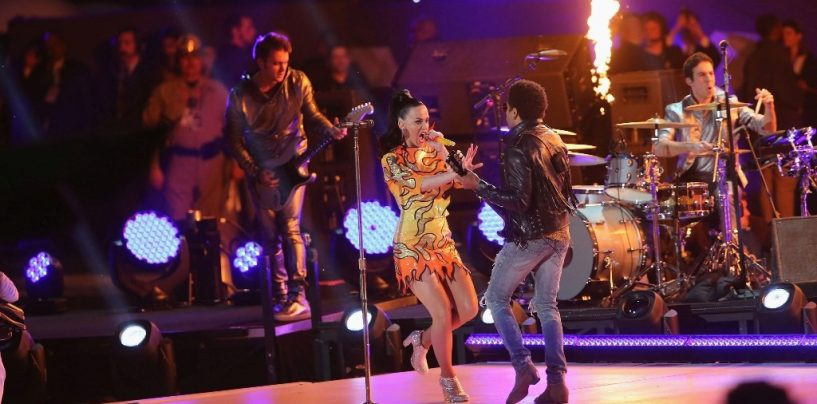 Katy Perry estuvo respaldada por MA Lighting, Fender y GLP en el Super Bowl