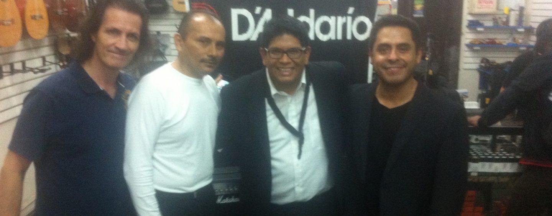Evento con Karlhos Misajel y David Cabrejos en la tienda González Marruffo