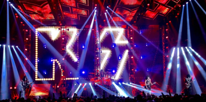 KISS de gira con Platinum de Elation