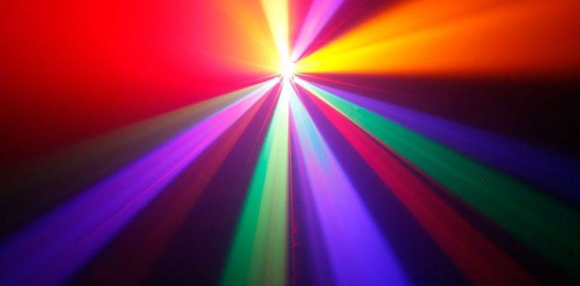 Cameo presenta nueva línea de proyectores de efectos inteligentes