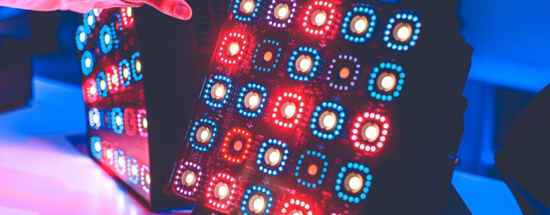 Las luminarias KNV LED Cube y ARC de GLP brindan diversas posibilidades de diseño