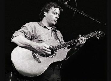 Las guitarras Ovation de David Gilmour rompen récord de subasta